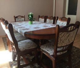 München max étkező garnitúra ovális asztallal 8 székkel