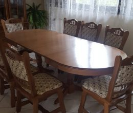 München max étkező garnitúra ovális asztal 8 székkel